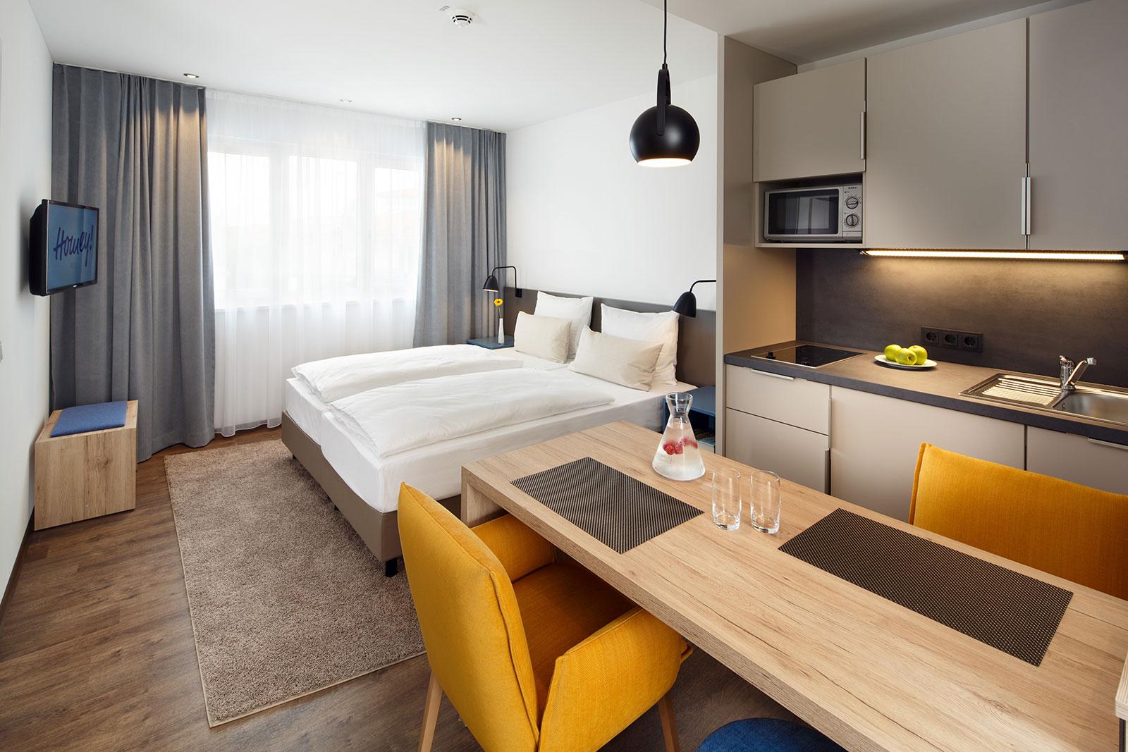 studio nr 1 apartment f r zwei mit kochnische homey hotel. Black Bedroom Furniture Sets. Home Design Ideas