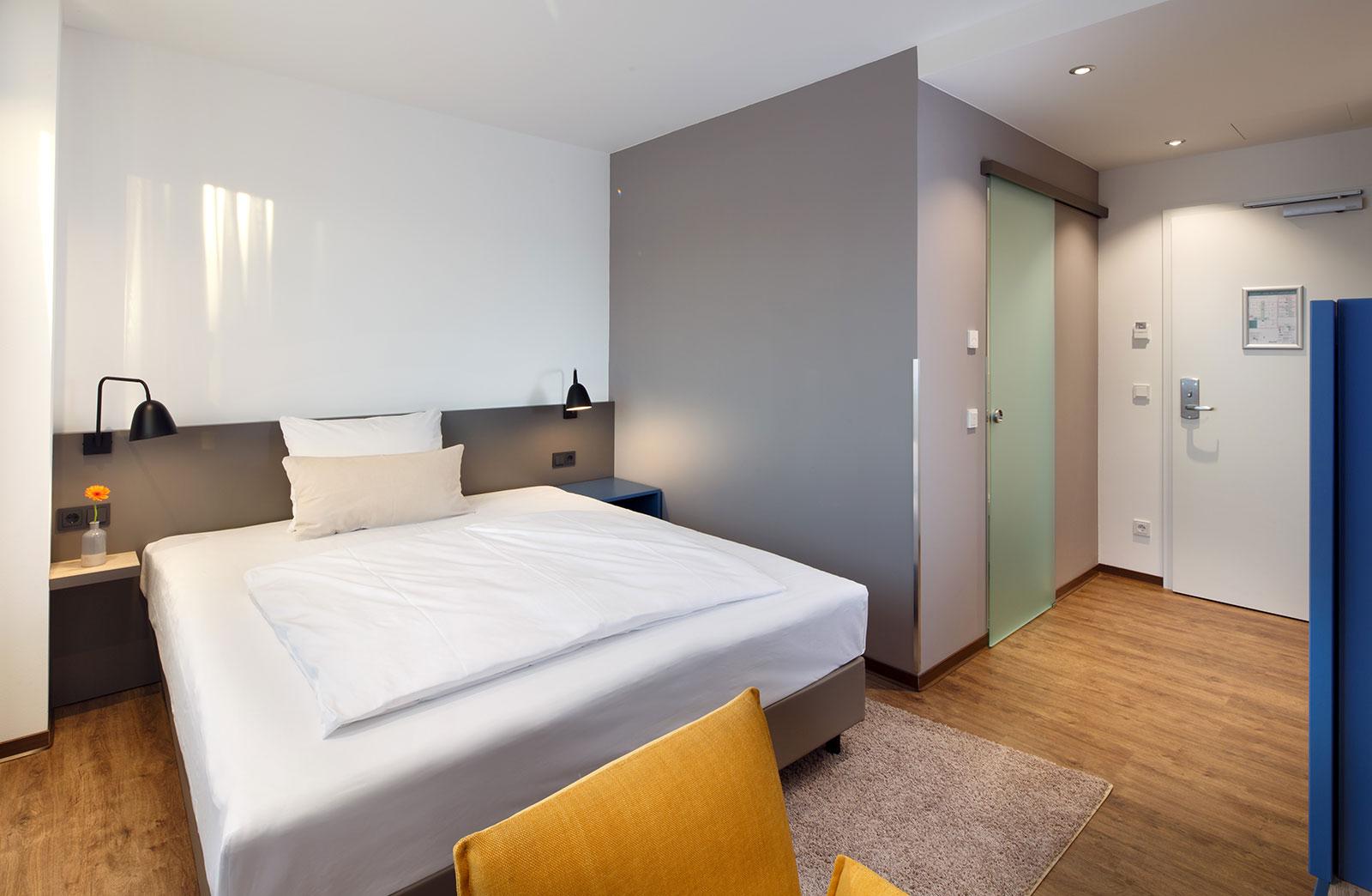 gem tliche superior einzelzimmer nahe regensburg homey hotel. Black Bedroom Furniture Sets. Home Design Ideas